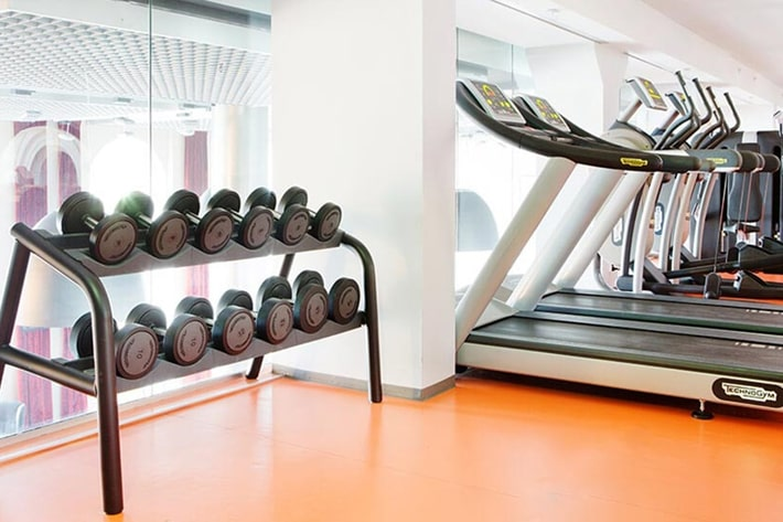 comfort hotel grand central gym